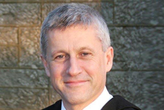 Prof Peter Cantillon